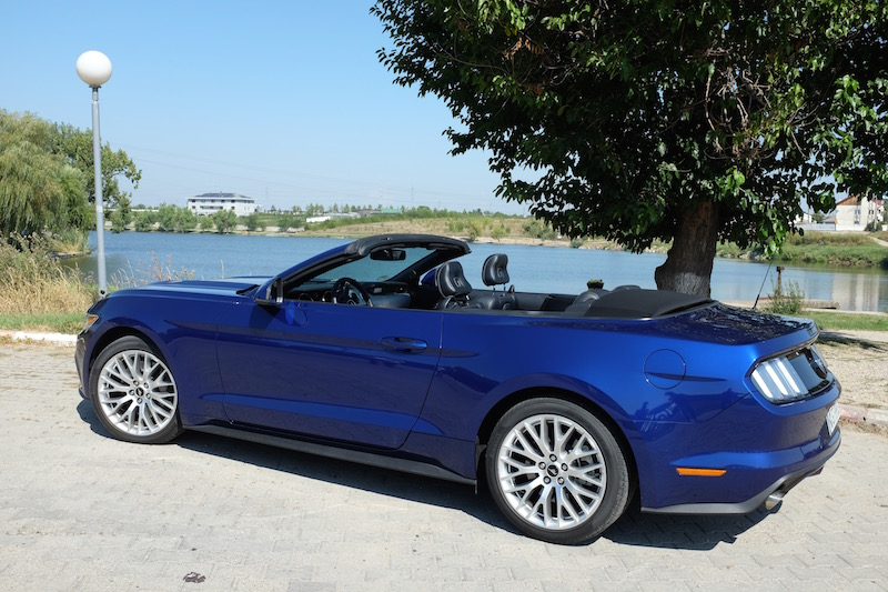 Ford Mustang Cabrio2